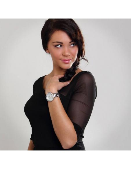 Chic Time | Montre Femme Michael Kors Parker MK5353 argentée ornée de strass  | Prix : 239,20€