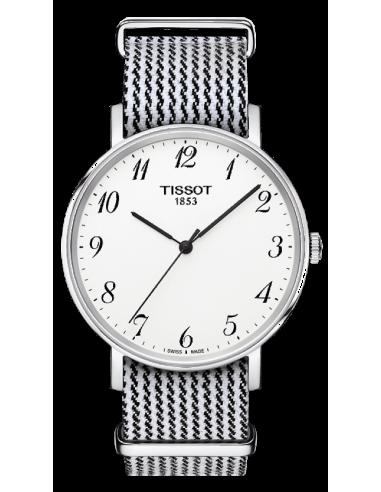 Chic Time   Montre Mixte Tissot T-classic T1094101803200 Blanc    Prix : 199,00€