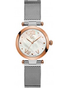 Chic Time | Guess Collection PureChic Y31003L1 Women's Watch  | Buy at best price