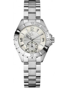 Chic Time | Montre Femme Guess Collection I70000L1  | Prix : 590,00€