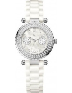 Chic Time | Montre Femme Guess Collection GC Precious Diver Chic I01500M1 / A28101L1  | Prix : 699,00 €