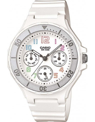 Chic Time   Montre Femme Casio Collection LRW-250H-7BVEF Blanc    Prix : 54,00€