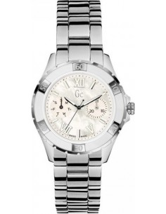 Chic Time | Montre Femme Guess Collection X75001L1S Argent  | Prix : 286,90 €