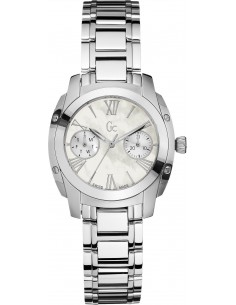 Chic Time | Montre Femme Guess Collection A58001L1 Argent  | Prix : 499,00 €