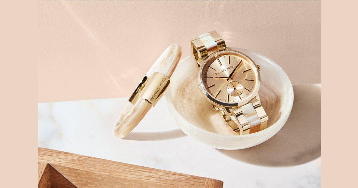 Qui fabrique les montres Michael Kors ?